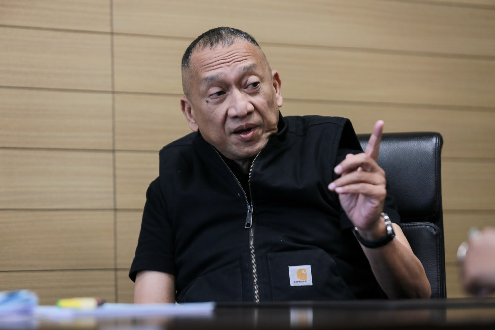 Padang Rengas MP Datuk Seri Nazri Aziz said that many in Umno are unhappy with Muhyiddin and his Parti Pribumi Bersatu Malaysia, accusing the latter of viewing Umno as irrelevant.  — Picture by Ahmad Zamzahuri