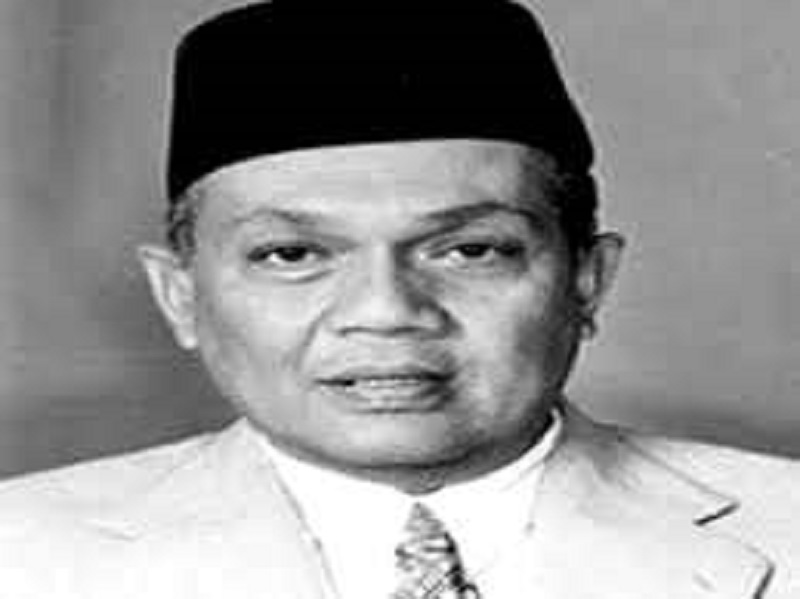 The late Tan Sri Wan Mokhtar Ahmad has served as Terengganu mentri besar for 25 years from 1974 to 1999. — Picture via Twitter/Bernamadotcom