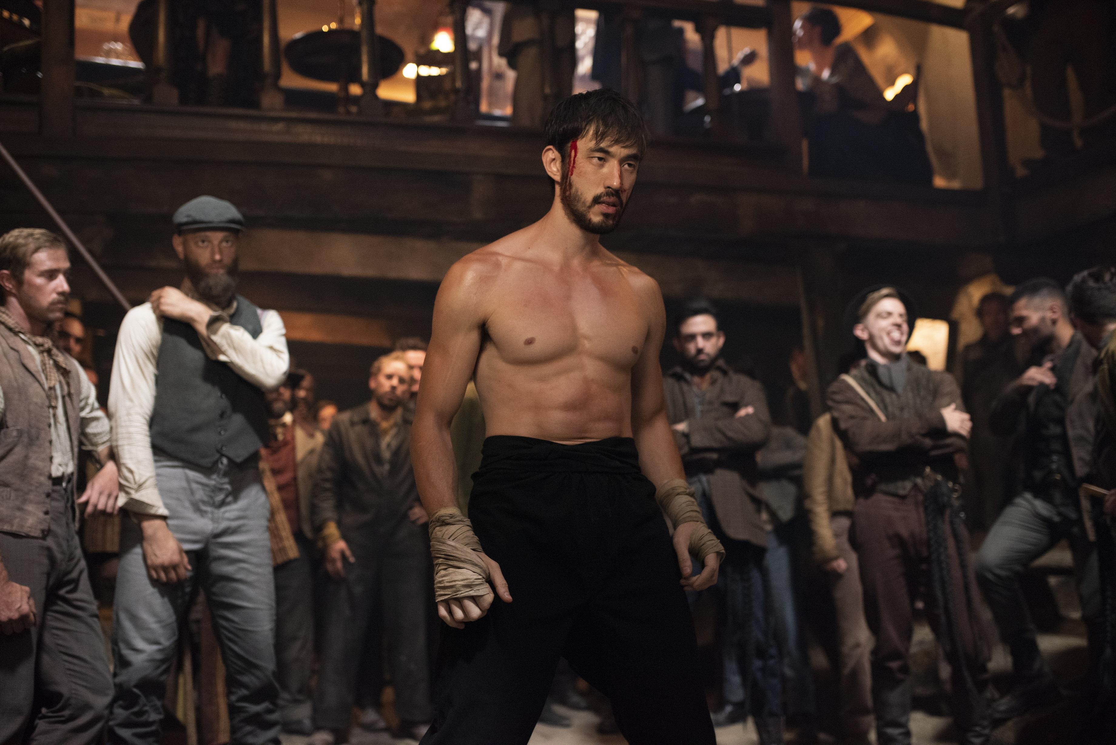 Cinemax武打动作影集《唐人街战士》(Warrior)全新第二季将于周六(10月3日)上午10时独家与美国同步于HBO GO播出。-华纳媒体提供-