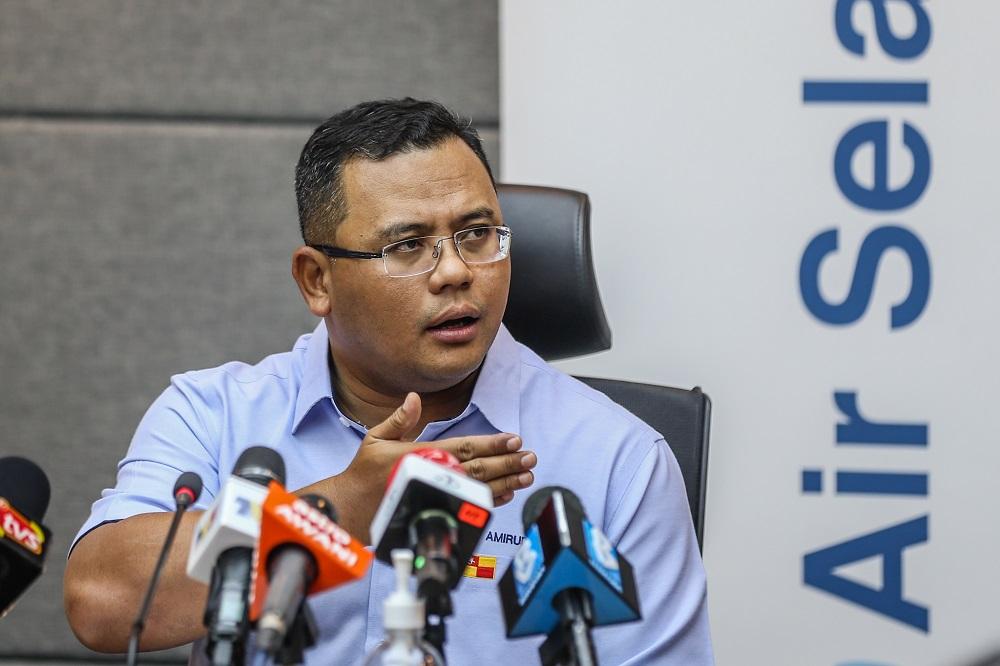 Selangor Mentri Besar Datuk Seri Amirudin Shari speaks during a press conference in Kuala Lumpur September 5, 2020. ― Picture by Firdaus Latif