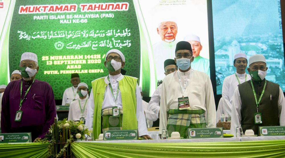 PAS President Datuk Seri Abdul Hadi Awang officiating the 66th PAS Annual Congress at the Kelantan Islamic Training Center in Pengkalan Chepa, Sept 13, 2020. — Bernama pic