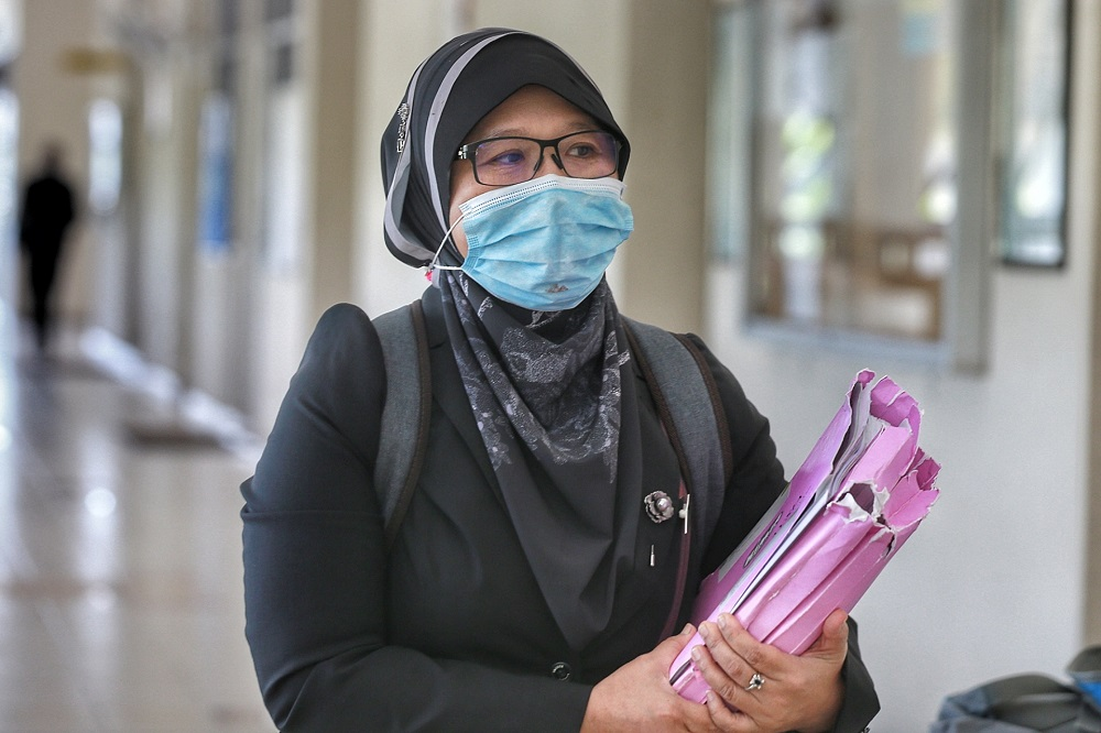 Department of Chemistry Malaysia Forensic DNA division director Nor Aidora Saedon is pictured at the Seremban Coroner's Court September 1, 2020. ― Picture by Ahmad Zamzahuri