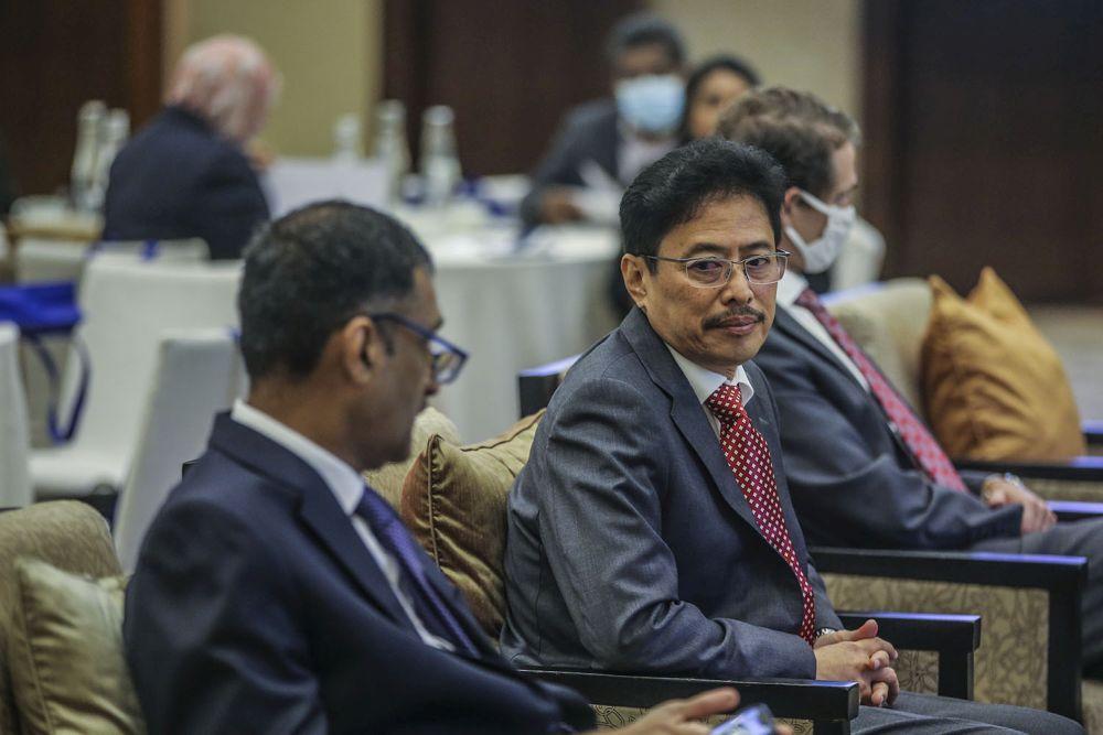 MACC chief commissioner Datuk Seri Azam Baki attends a Transparency International forum at the Grand Hyatt Kuala Lumpur September 15, 2020. — Picture by Hari Anggara