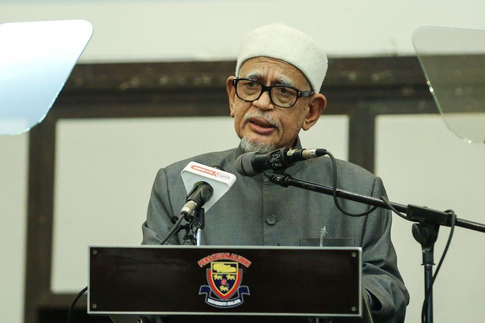 PAS president Datuk Seri Abdul Hadi Awang speaks during a Perikatan Nasional event at Universiti Malaya, Kuala Lumpur September 1, 2020. ― Picture by Yusof Mat Isa