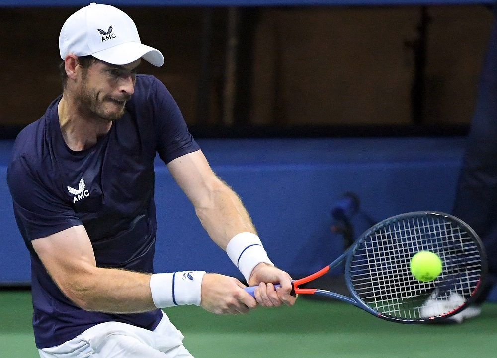 Andy Murray (pic) hits the ball against Felix Auger-Aliassime on Day 4 of the 2020 US Open tennis tournament at USTA Billie Jean King National Tennis Center September 4, 2020. ― Reuters pic