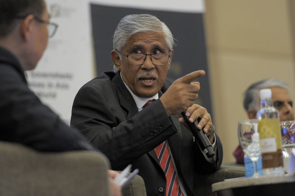 Tan Sri Abu Kassim Mohamed speaks during an anti-corruption forum in Putrajaya September 3, 2020. ― Picture by Shafwan Zaidon