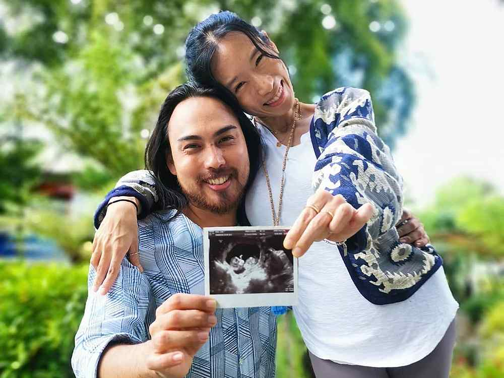Jehan and Julie will be welcoming their bundle of joy in 2021. — Picture from Instagram/Julie Rhee