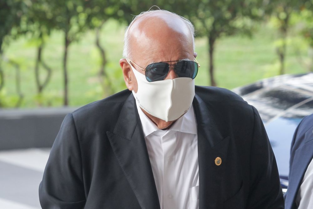 Judge Mohamed Zaini Mazlan said that so long as Datuk Seri Gopal Sri Ram (pic) has carried out his duties, his personal opinion cannot be taken to mean that it would impinge on his duties as a senior public prosecutor. — Picture by Ahmad Zamzahuri