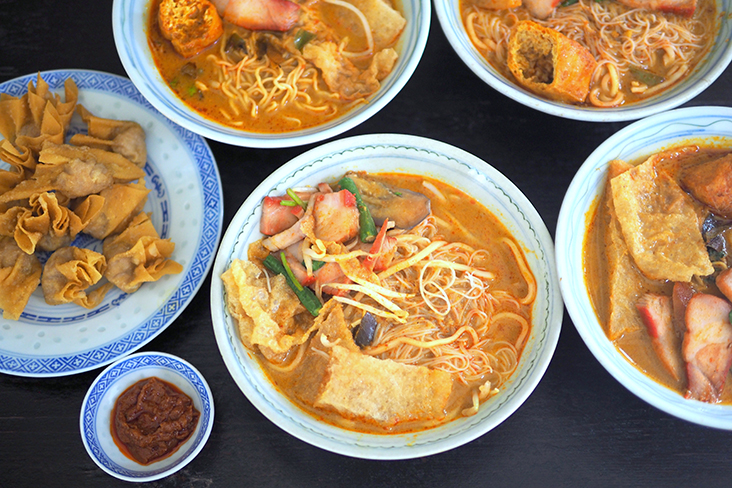 The curry 'laksa' is well balanced with 'santan' and spices and it is fragrant with lemongrass, making it easy to slurp down the whole bowl — Pictures by Lee Khang Yi
