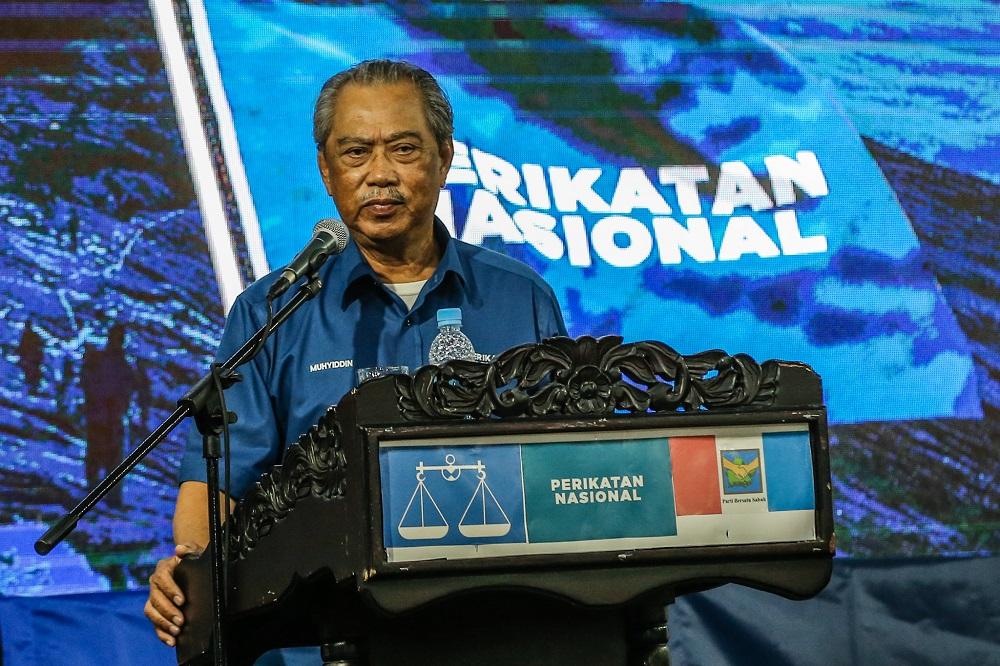 Perikatan Nasional chairman Tan Sri Muhyiddin Yassin speaks in Putatan, Sabah September 24, 2020. ― Picture by Firdaus Latif