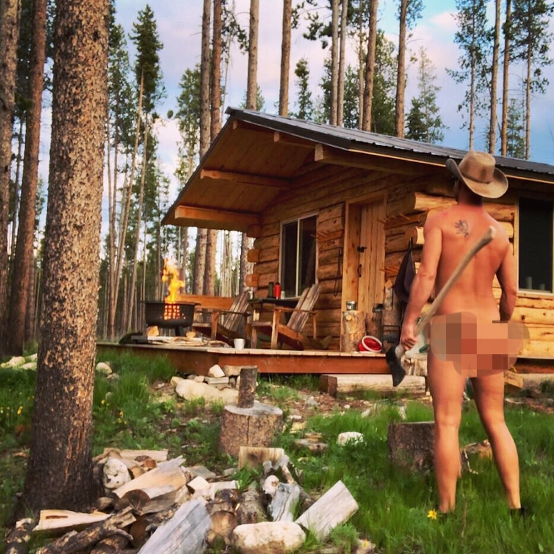 American ranch manager, Dick Powers, also known as the Naked Rancher has been getting attention on Instagram by baring all. — Picture from Instagram/Thenakedrancher2.0