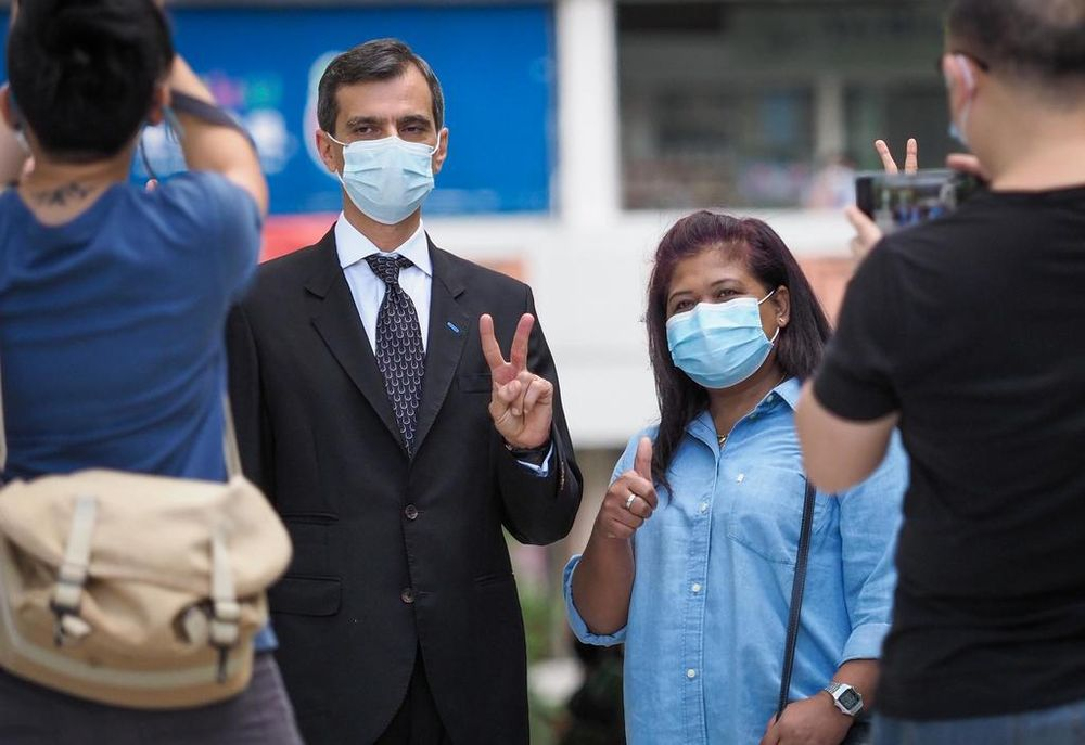 Parti Liyani (right) and her lawyer Anil Balchandani (left) outside the State Courts on Sept 8, 2020. — TODAY pic