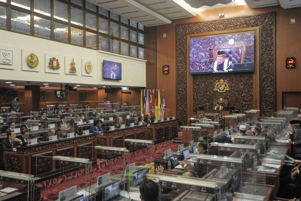 Tan Sri Rais Yatim delivers his maiden speech as Dewan Negara Speaker at Parliament, Kuala Lumpur on September 2, 2020. ― Picture by Shafwan Zaidon