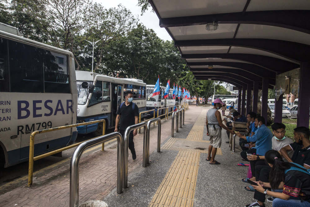 General view of the local mini buses in Kota Kinabalu September 30, 2020. — Picture by Firdaus Latif