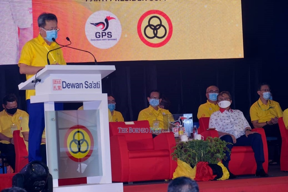 Dr Sim delivers his speech before the closing ceremony performed by Abang Johari (right).  —  Picture by Muhammad Rais Sanusi/Borneo Post Online