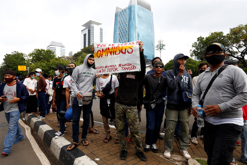 University students protest against the government's labour reforms bill in Jakarta October 20, 2020. — Reuters pic