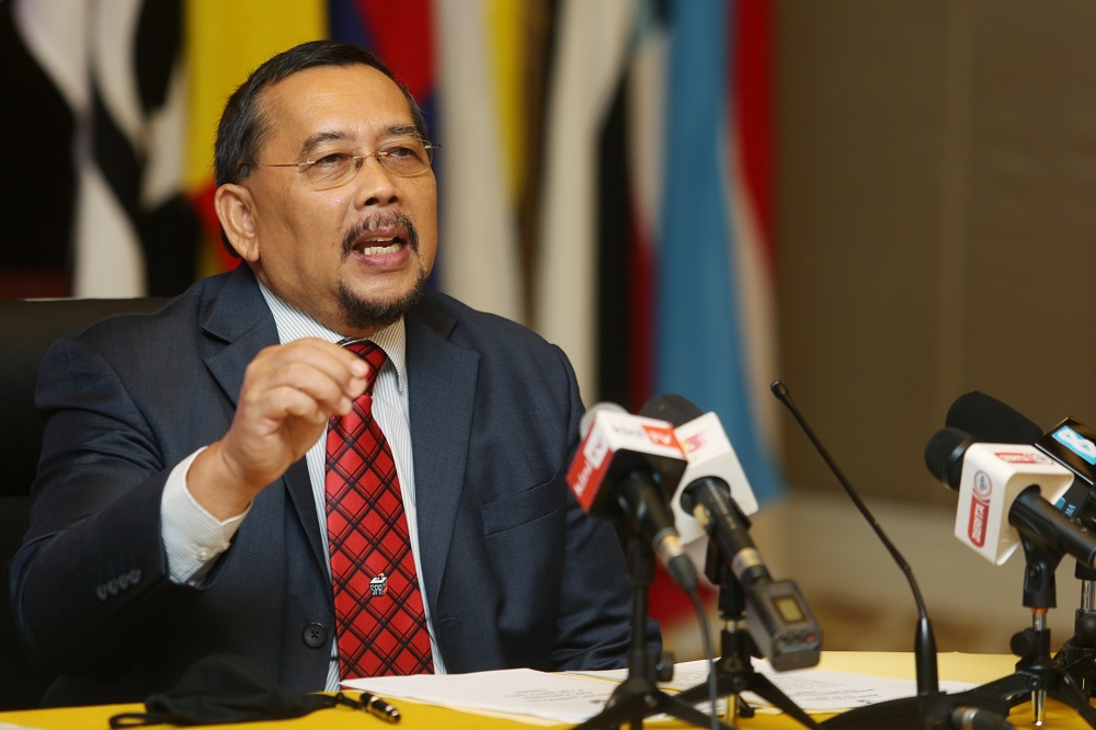 Bersih 2.0 says chairman Datuk Abdul Ghani Salleh should resign immediately for delaying the implementation of lower voting age (Undi18) and automatic voter registration. ― Picture by Choo Choy May