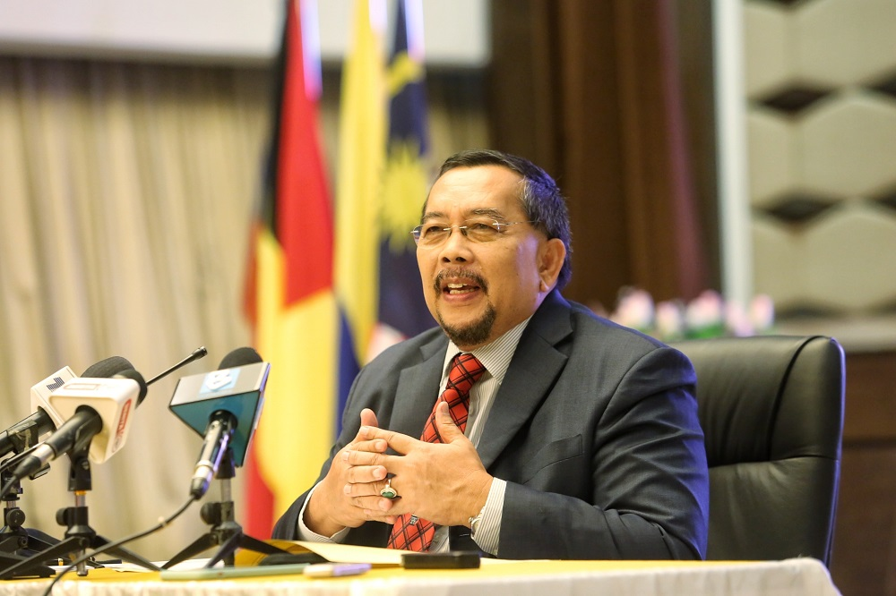 Election Commission chairman Datuk Abdul Ghani Salleh speaks during a press conference in Putrajaya October 13, 2020. ― Picture by Choo Choy May