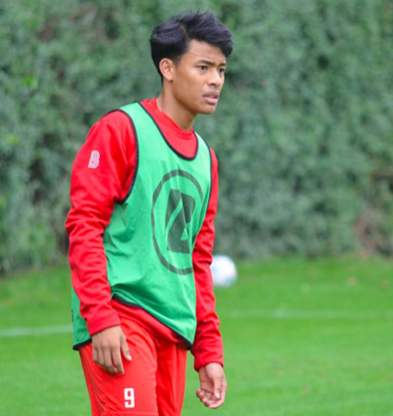 Luqman Hakim Shamsudin made an appearance in the Belgian Premier League today. ― Picture via Facebook/KV Kortrijk