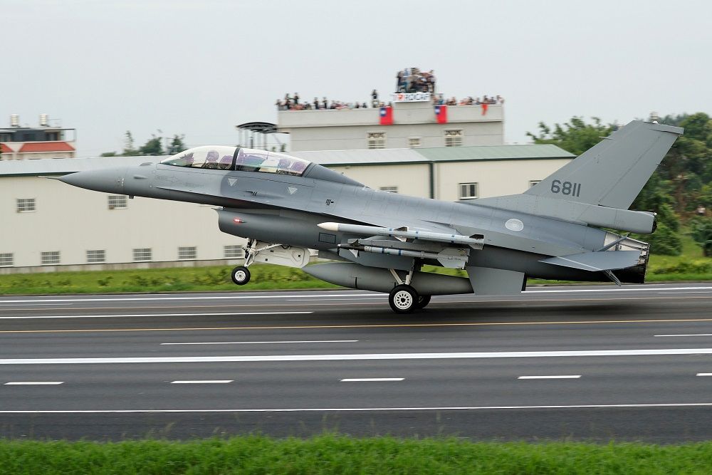 A Republic of China Air Force (ROCAF) F-16V fighter jet lands on a highway used as an emergency runway during the Han Kuang military exercise simulating the China's People's Liberation Army (PLA) invading the island, in Changhua, Taiwan May 28, 2019. ― Reuters file pic