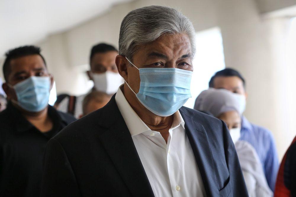 Datuk Seri Ahmad Zahid Hamidi arrives at the Kuala Lumpur High Court October 12, 2020. — Picture by Yusof Mat Isa
