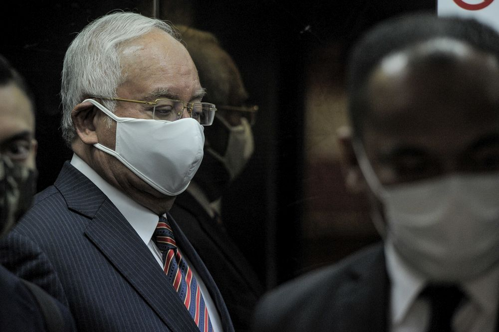 Datuk Seri Najib Razak is pictured at the Kuala Lumpur High Court October 13, 2020. — Picture by Shafwan Zaidon