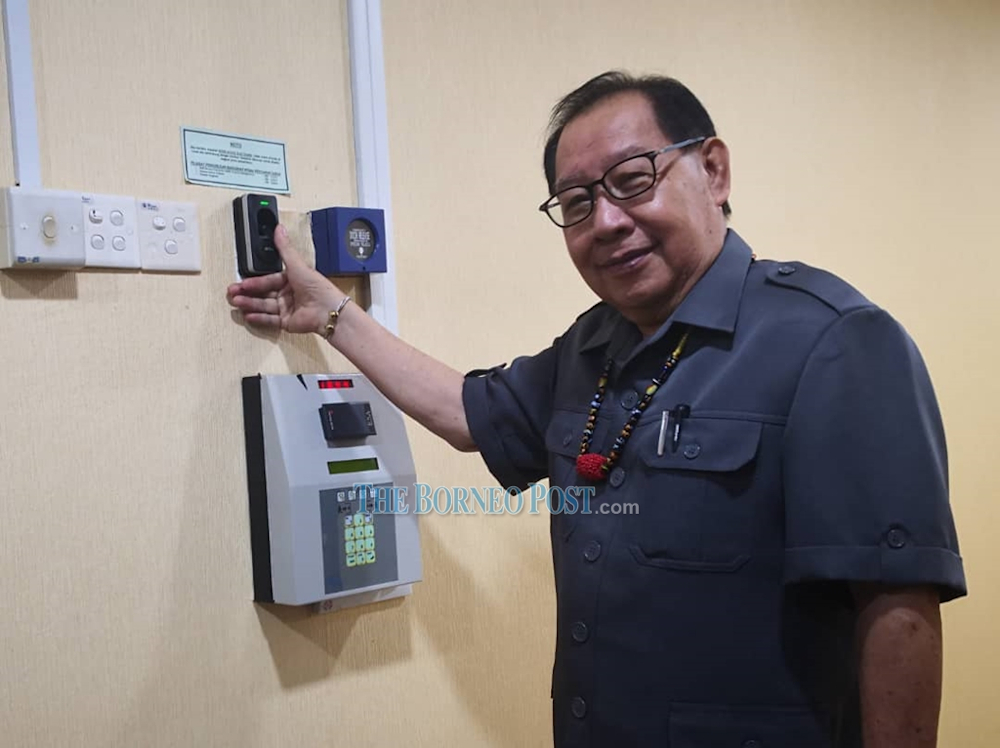 Datuk Seri Jeffrey Kitingan lauded the new state Cabinet but said that 'unfortunately' the appointments also include Aliakbar as one of the six nominated assemblymen which has opened the state government to criticism and ridicule from the opposition. — Picture by Jenne Lajiun via Borneo Post