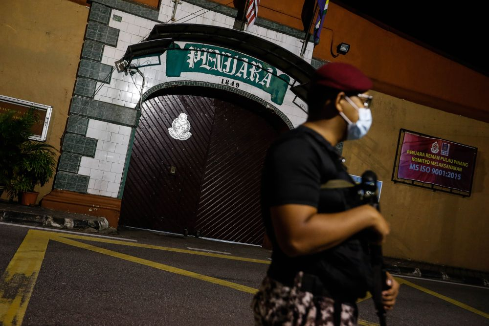 An Armed Forces personnel is pictured outside the Penang Remand Prison on Jalan Penjara October 15, 2020. — Picture by Sayuti Zainudin