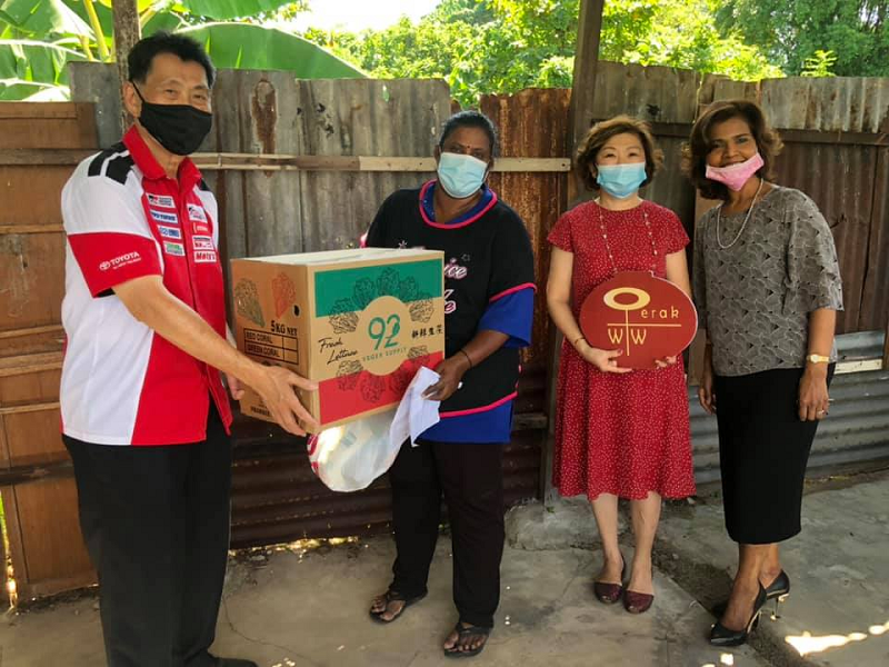 Perak Women for Women will embark on a mobile food pantry programme from Nov 5 to better assist the poor that were affected by Covid-19 pandemic. ― Picture via Facebook/ The PWW Shop