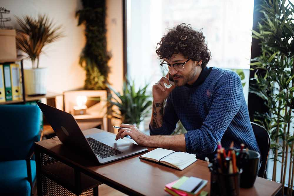 Almost three out of four office workers worldwide approved of the hybrid work concept, which divides the week between working from home and the office. — Anchiy / IStock.com pic via AFP
