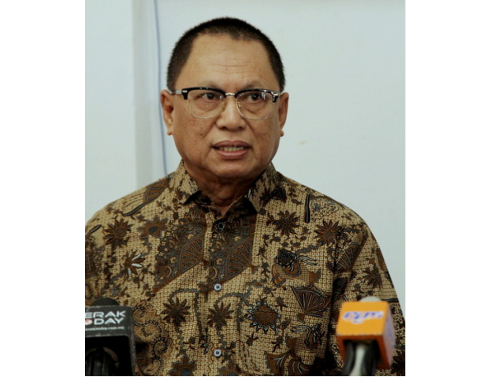 Former director-general for the Special Affairs Department (Jasa) Datuk Puad Zarkashi speaks during a press conference in Seri Iskandar January 16, 2018. —Bernama pic