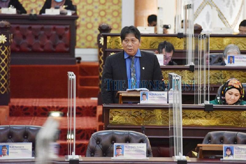 Assistant Minister Datuk Malcolm Mussen Lamoh speaks during the State Legislative Assembly setting. — Borneo Post Online