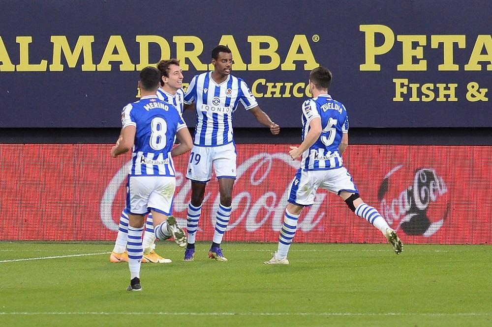 Real Sociedad's Alexander Isak (centre) celebrates with teammates after scoring a goal against Cadiz CF at the Ramon de Carranza stadium in Cadiz November 22, 2020. — AFP pic