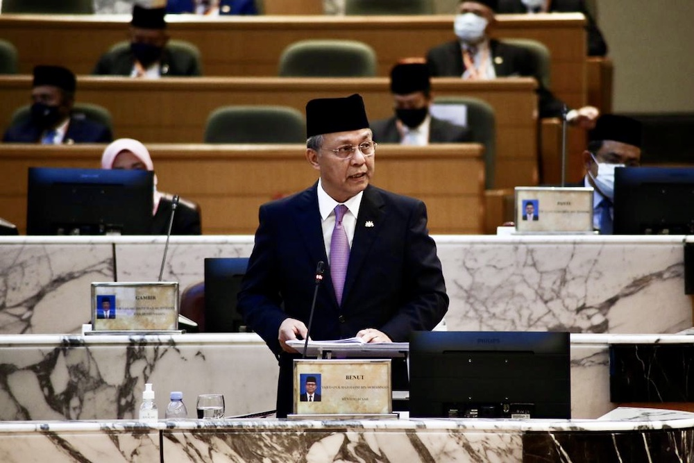 Johor Mentri Besar Datuk Hasni Mohammad speaks in the state legislative assembly today. — Picture by Johor Mentri Besar's Office