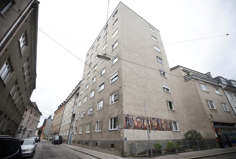 German police raid flats, homes over Vienna attack