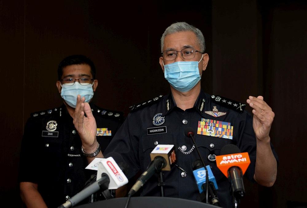 Kedah police chief Datuk Hasanuddin Hassan speaks during a press conference in Alor Setar November 26, 2020. ― Bernama pic