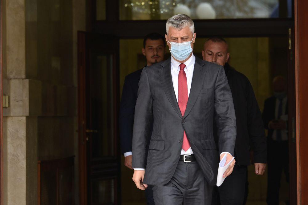 Der Präsident des Kosovo, Hashim Thaci, kommt zu einer Pressekonferenz, als er zurücktritt, um am 5. November 2020 vor dem Internationalen Strafgerichtshof in Pristina, Kosovo, Anklage wegen Kriegsverbrechen zu erheben. - Reuters pic