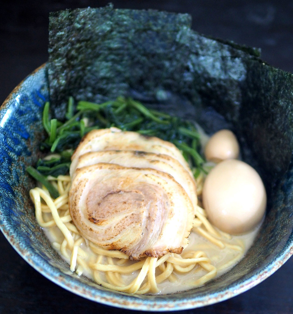 Try out their shoyu base Yokohama 'iekei' ramen that is topped with spinach, 'charshu', seaweed, seasoned hard boiled quail's egg and egg. — Pictures by Lee Khang Yi