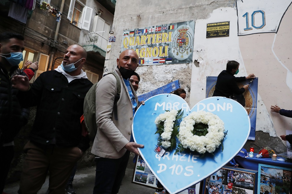 People mourn the death of Argentine football legend Diego Maradona in Naples, Italy November 26, 2020. ― Reuters pic