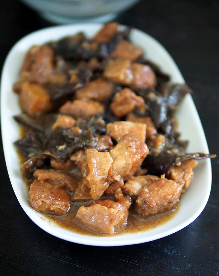 You can also score Hakka classics such as 'char yoke' with pork belly cuts cooked with crunchy wood ear fungus