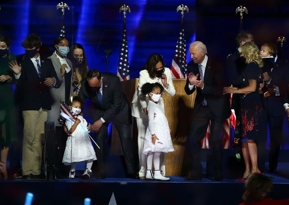 Biden to name 'leading scientists' tomorrow to Covid task force