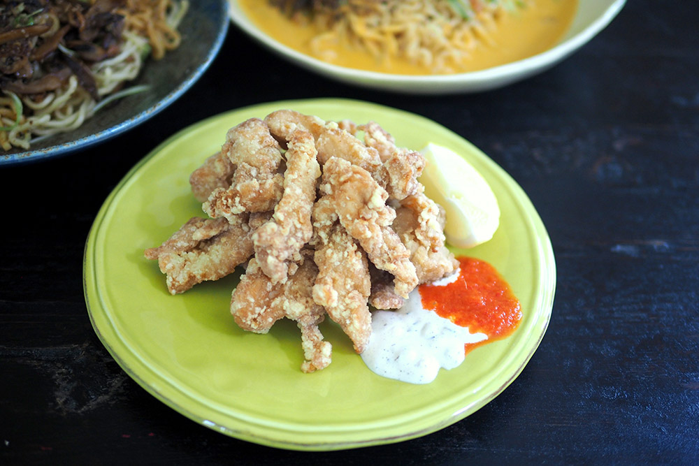 For some crispy chicken action, try the BOS 'tori karaage' with their own made sauces.