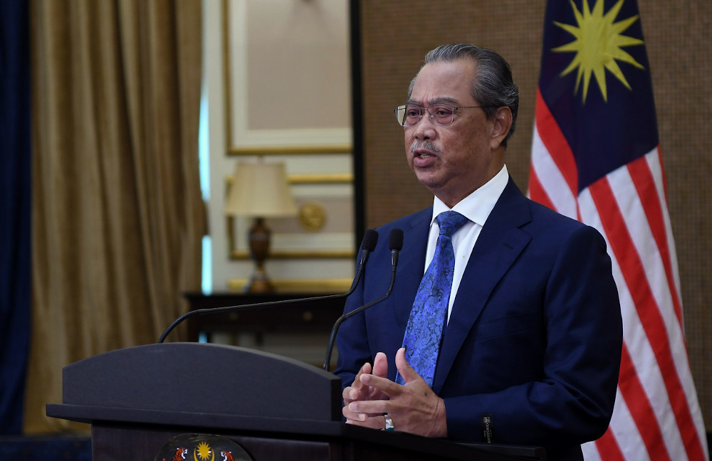Prime Minister Tan Sri Muhyiddin Yassin says Malaysia and Brunei should not make Covid-19 an obstacle to further enhance existing cooperation. — Bernama pic