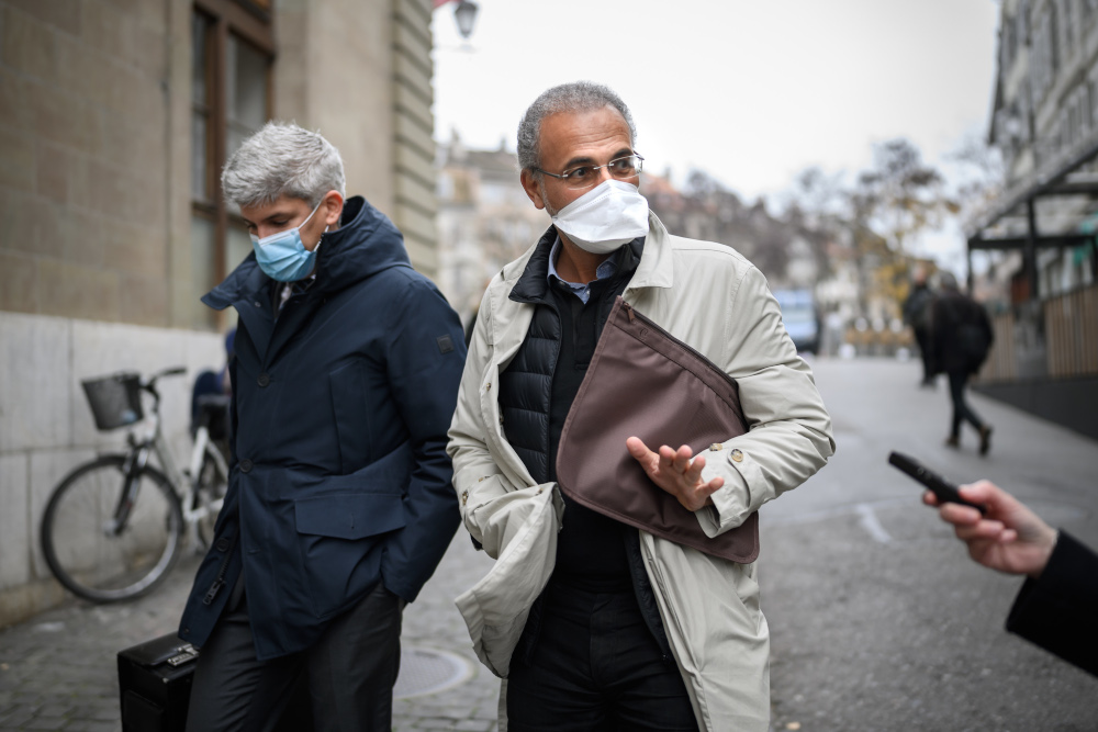 Swiss leading Islamic scholar Tariq Ramadan (right) arrives with his lawyer Francois Canonica at the Court in Geneva for a hearing before Geneva's prosecutor as part of an investigation over sexual assault November 10, 2020. — AFP pic