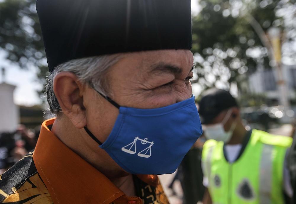 Umno President Datuk Seri Ahmad Zahid Hamidi is seen as he leaves Istana Kinta in Ipoh December 6, 2020. — Picture by Farhan Najib