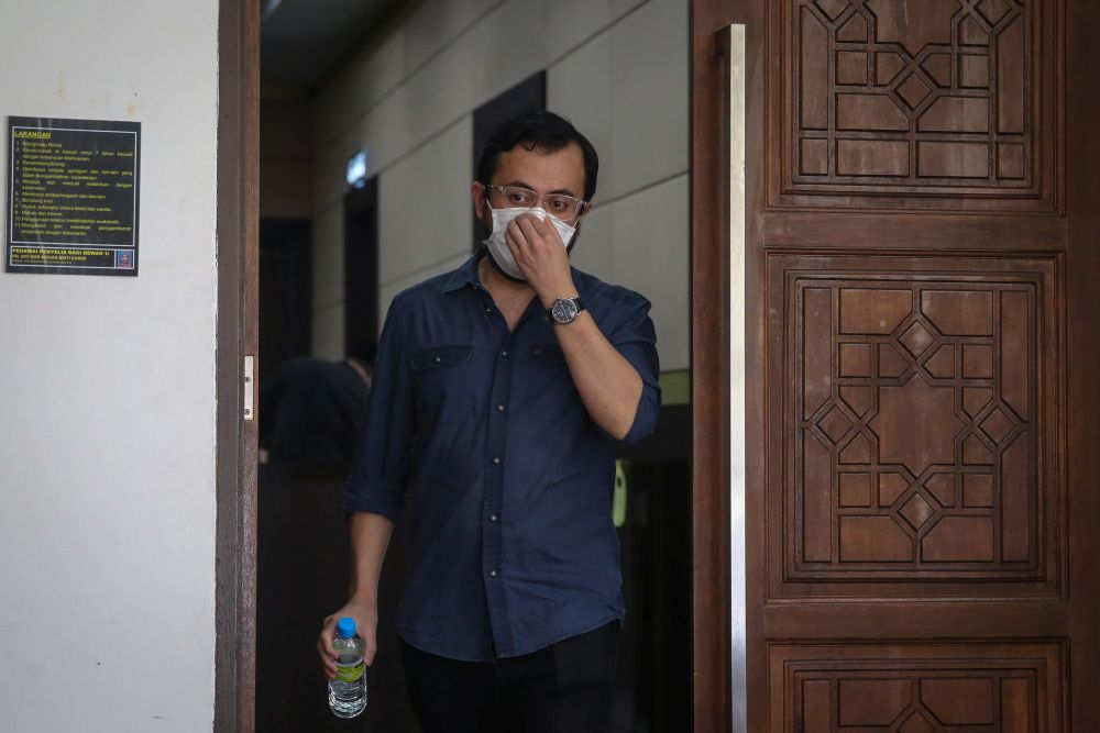 Ezra Zaid is pictured at the Petaling Shariah Subordinate Court December 10, 2020. — Picture by Yusof Mat Isa