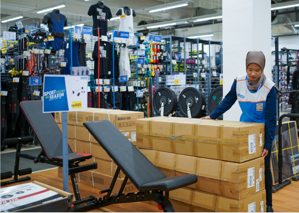 Bulky and heavy items like gym equipment were in high-demand when stores were shut. ― Picture courtesy of Lalamove