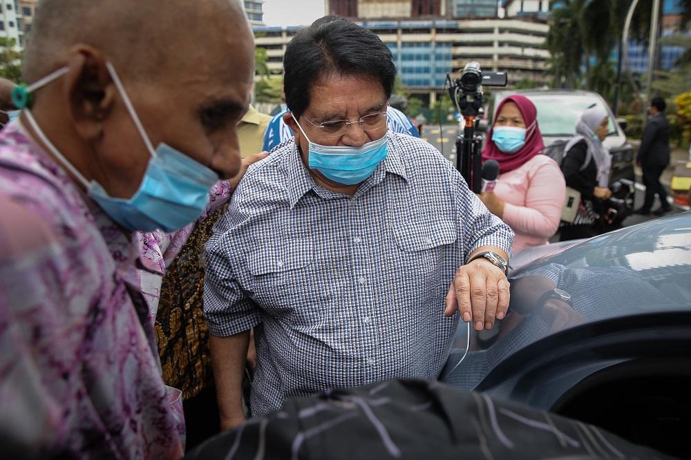 Former Federal Territories minister Datuk Seri Tengku Adnan Tengku Mansor is pictured leaving the Kuala Lumpur Court Complex December 21, 2020. ― Picture by Yusof Mat Isa