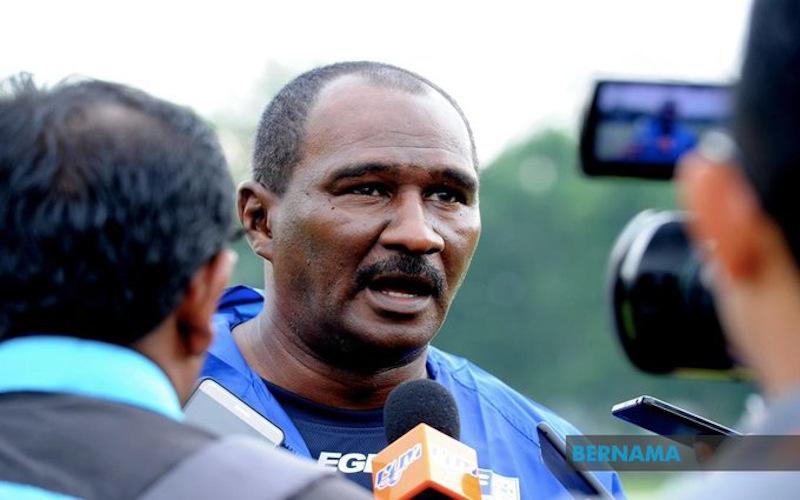 Melaka United Football Club (MUFC) coach Zainal Abidin Hassan. — Picture via Twitter/Bernama