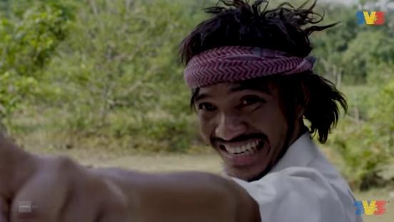 图为《Si Husein Gila》播出时的电影截图。-图片摘自网络-